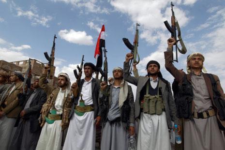 سيطرت القوات اليمنية خلال اليومين الماضيين على أكثر من 13 موقعاً في محيط مدينة الخوبة في جيزان (أ ف ب)
